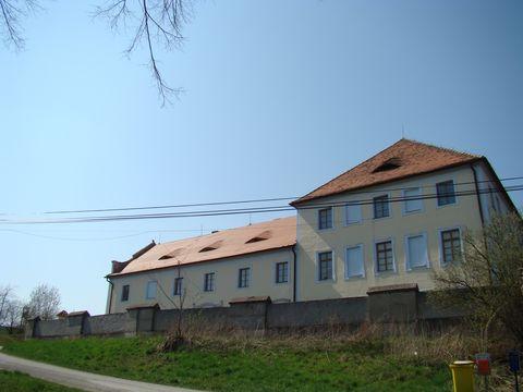 barokní zámek Růzkovy Lhotice