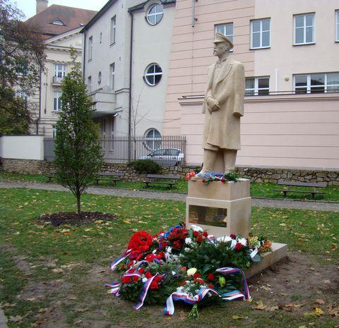 socha T. G. Masaryka se navrátila do Jihlavy