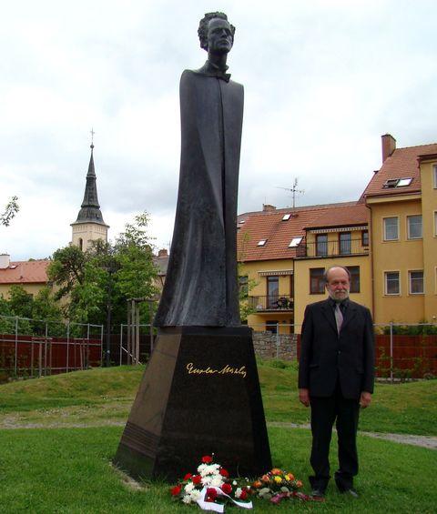 sťastný Ing. Josef Poukar
