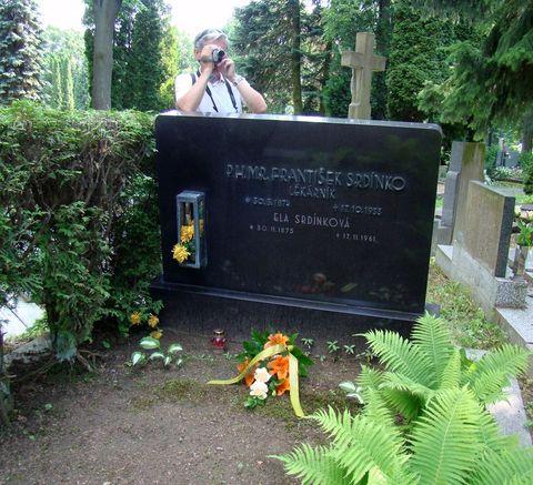 hrob Frantiska Srdínka na jihlavském hřbitově