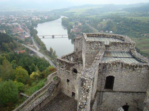pohled z věze strečnanského hradu