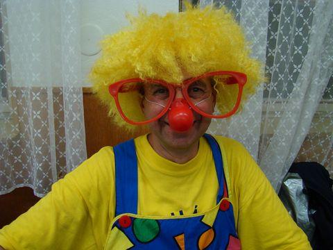 ukázka kostýmu klauna, který bavil děti na Pohádkové Třebíči