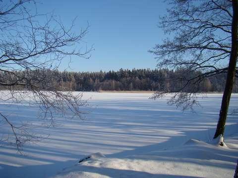 rybník Zhejral