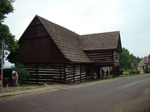 rodný dům Václava Hanky v Hořiněvsi