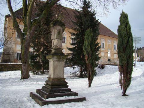 sv.Jan před zámkem v Novém Rychnově