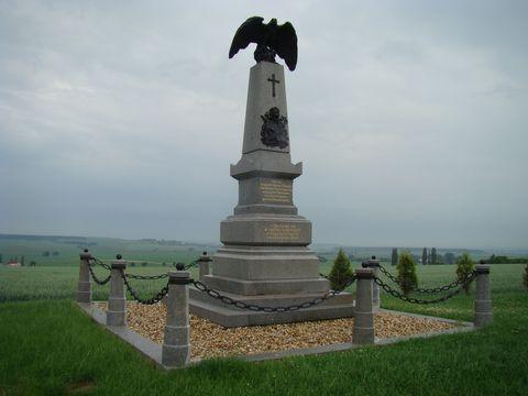 památník padlým v úvozu mrtvých