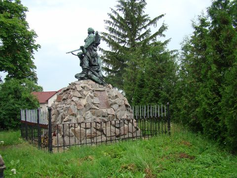 památník v Rozběřicích