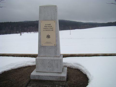 památník padlým v bitvě v roce 1805