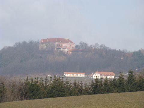 hrad Sádek, pod ním vinařství