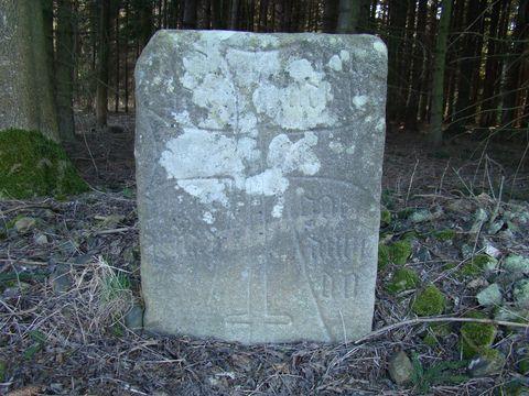 kámen u Smrčné