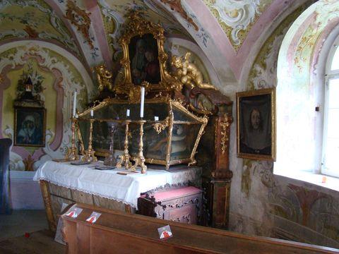kaple se světcem