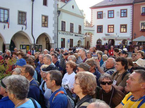 slavnostní zahájení pochodu na náměstí 2