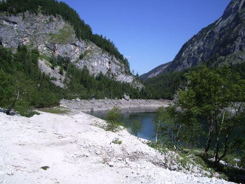 zadní jezero
