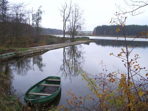 rybník v Černíči
