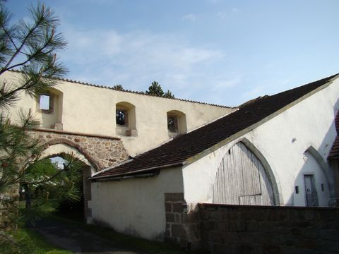 zbytky cisterciáckého klástera v Klásteře