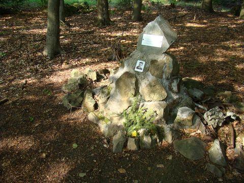 pomník leteckého nestěstí z r. 1960