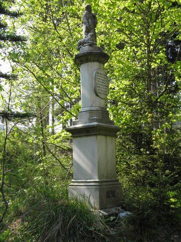 socha Jezíse s beránkem