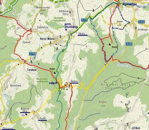 blízko Rýmařova jsou Rešovské vodopády i Křížový vrch