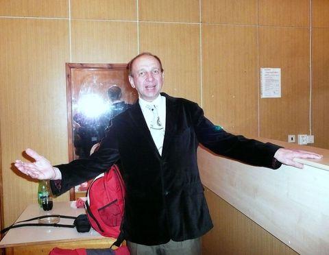 třebíčský Láďa Tomáš se ve mžiku stane z turisty elegantním tanečním mistrem