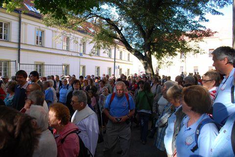 davy přišly uctít památku Bohuslava Reynka