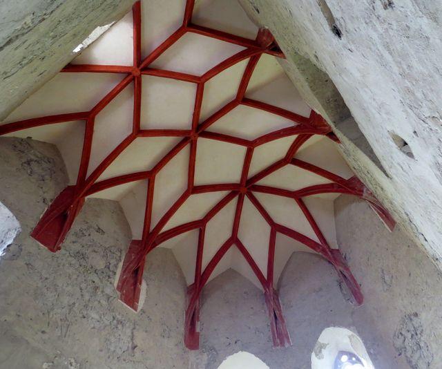 interiér hradní kaple