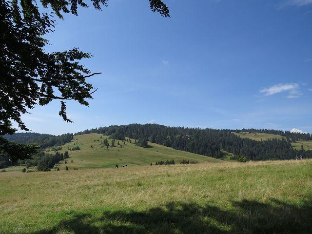 turistická stezka vede po hranici slovensko-polské