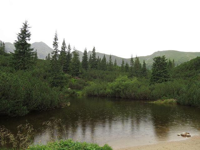 blízko chaty Murowaniec se spustil déšť