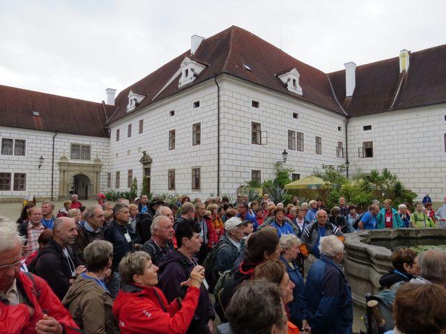 etapového pochodu se zúčastnily tři stovky lidí