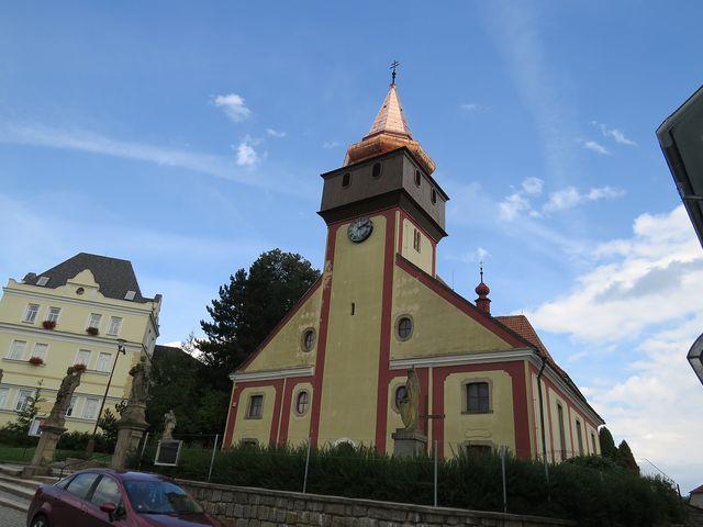 děkanský kostel sv. Václava ve Světlé nad Sázavou