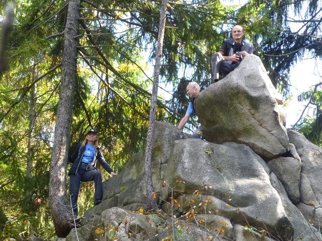 v poklidných lesích na Čeřínku existuje místo, kde se dá zažít vzrušení z výstupu - foto I. Nejedlá