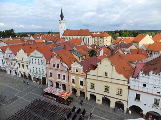 Třeboň z věže - dominantou je kostel sv. Jiljí - foto I. Svobodová