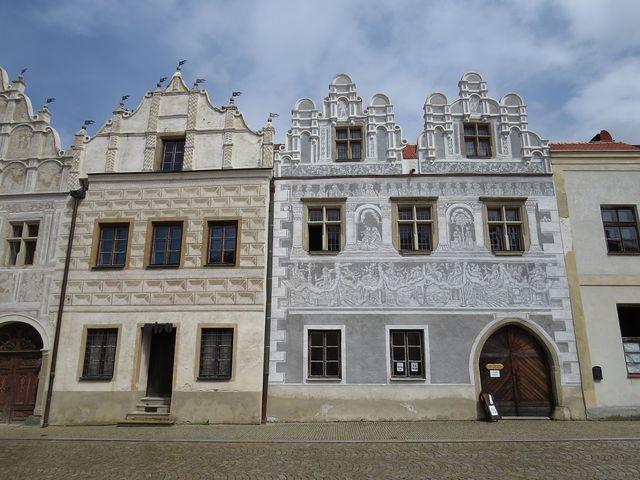 historické domy na Horním náměstí ve Slavonicích - sgrafita z roku 1559