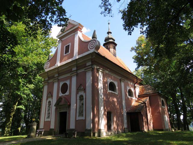 kaple Narození Panny Marie v Kostníkách; www.svatosi.cz