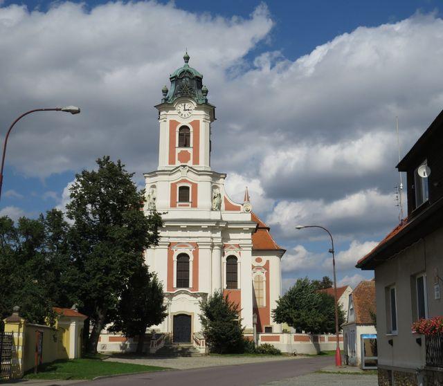 farní kostel prošel opravami a září jako klenot