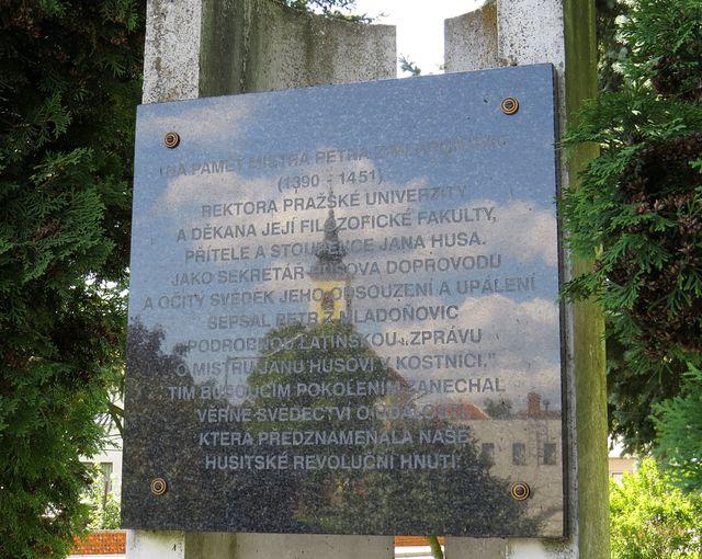 zdejší rodál Mistr Petr z Mladoňovic sepsal zprávu o dění na kostnickém koncilu