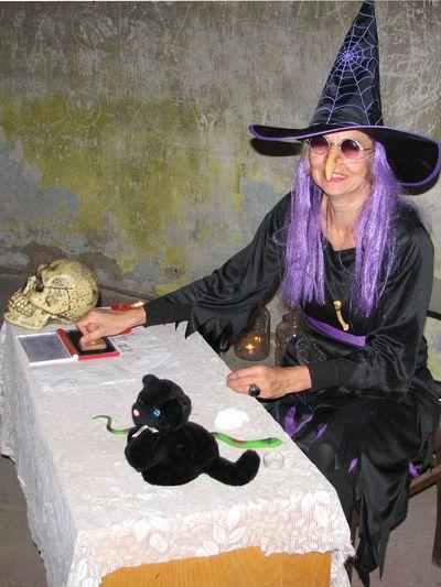hodná čarodějnice z mlýna Větrníku na Kanciborku; foto F. Janeček