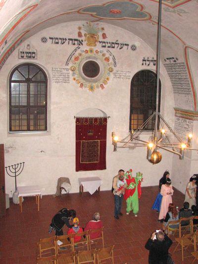 hodná tříhlavá saň v třebíčské synagoze; foto F. Janeček
