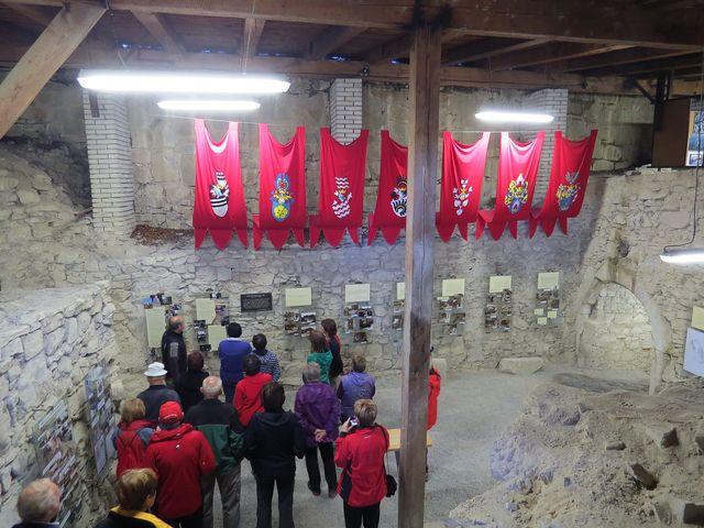 prohlídka hradu - erby majitelů