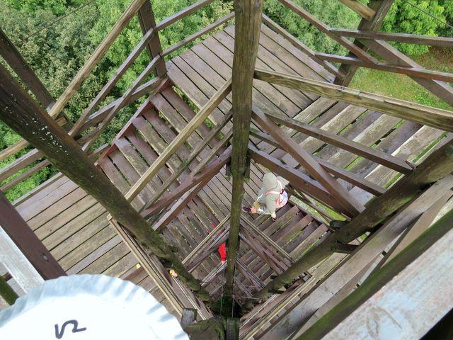 Velká homole je 21 metrů vysoká dřevěná rozhledna