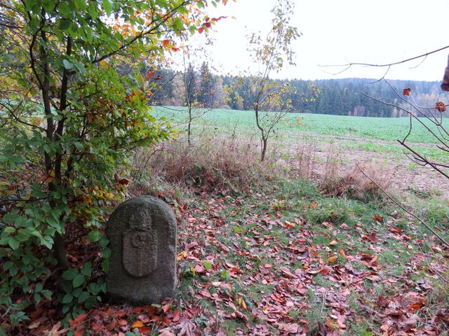 dietrichštejnský hraniční kámen býval i hranicí mezi Čechami a Moravou