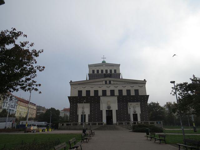 kostel Nejsvětějšího srdce Páně; www.svatosi.cz