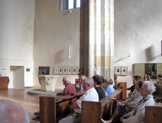 bratři Reynkové při derniéře výstavy 7.7.2013 v kostele Povýšení sv. Kříže; foto S. Poukarová