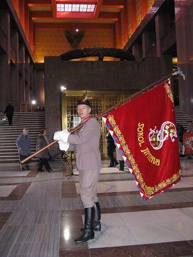 slavnostní shromáždění ve velké síni Národního památníku na Vítkově skončilo