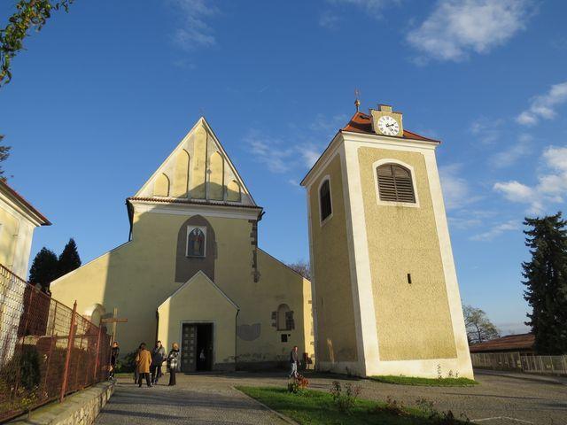 kostel sv. Mikuláše a horní zvonice