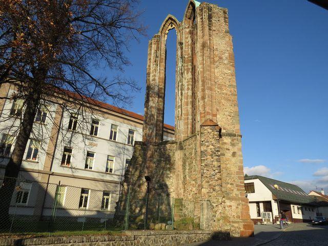 klášter i město byly vypáleny husity, k úplnému zničení došlo během třicetileté války