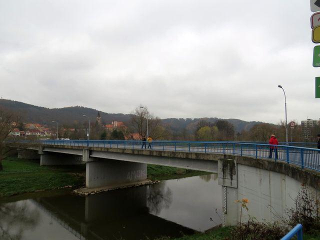 most přes Sázavu v Sázavě