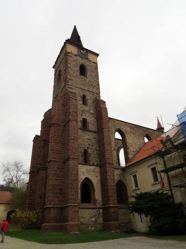 stavební dominanta Sázavského kláštera