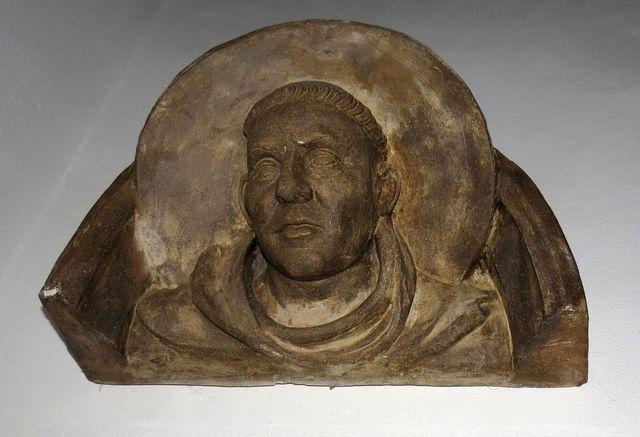 zakladatel kláštera sv. Prokop - faksimile z triforia svatovítského chrámu v Praze