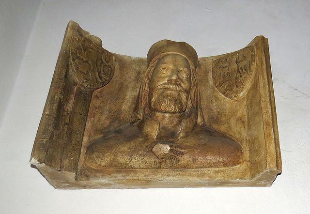 císař Karel IV. - faksimile busty z triforia svatovítského chrámu v Praze