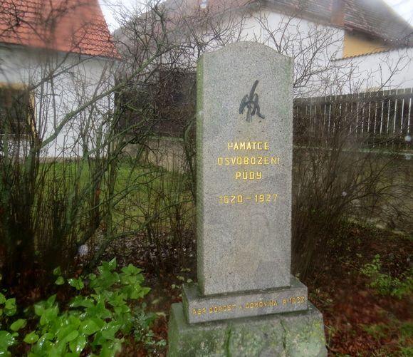 památník Osvobození půdy v Boskovštejně